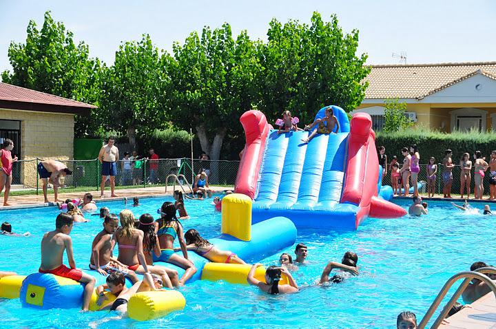3 0 fiestas patronales buruj n san for Piscinas infantiles